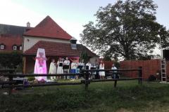 1.08.2020 - Modlitwa Uwielbienia w ogrodach klasztornych