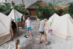 27.01-28.01 - Tropical Island
