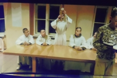 """6.01.2019 - Przedstawienie ministrantów """" Dlaczego Bóg przyszedł na ziemię ?"""""""